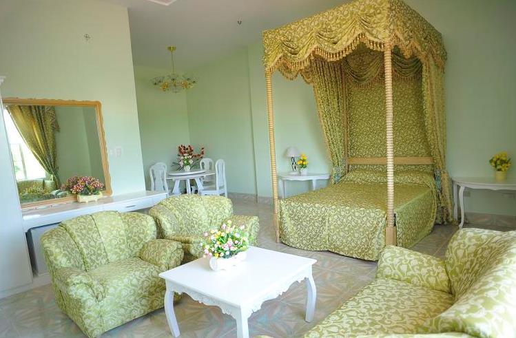Balai Gloria Solano Room Rates